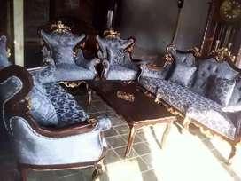 Sofa Tamu Inul Romawi