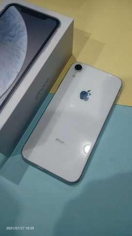 IPHONE , IPHONE XR WHITE 64GB LIKE NEW