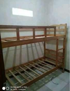 Ranjang kayu tingkat ukuran 90 x 200 siap cod dan pasang di temapt