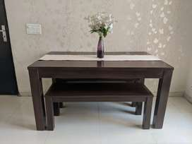 Dining Table brand new (1 yr old)