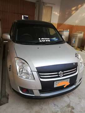 Suzuki swift dlx 2010
