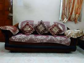 Well condition Sofa set