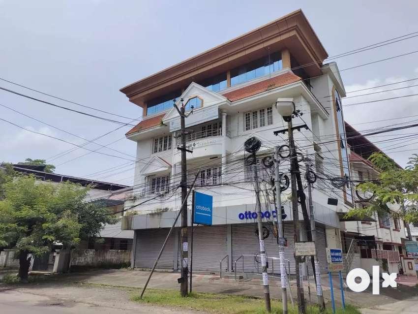 1200 Sqft Commercial Space for rent near Gandhinagar Fire Station