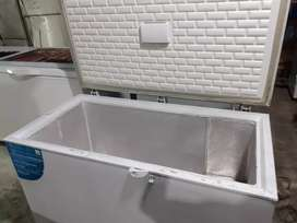 Freezer box 400L gea