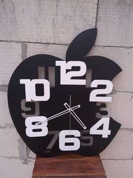Jam dinding unik custom Apple Black Super Jumbo