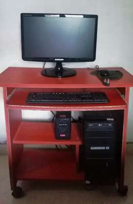Full Desktop PC with table and UPS