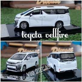 Diecast Miniatur Toyota Vellfire putih skala 1:64