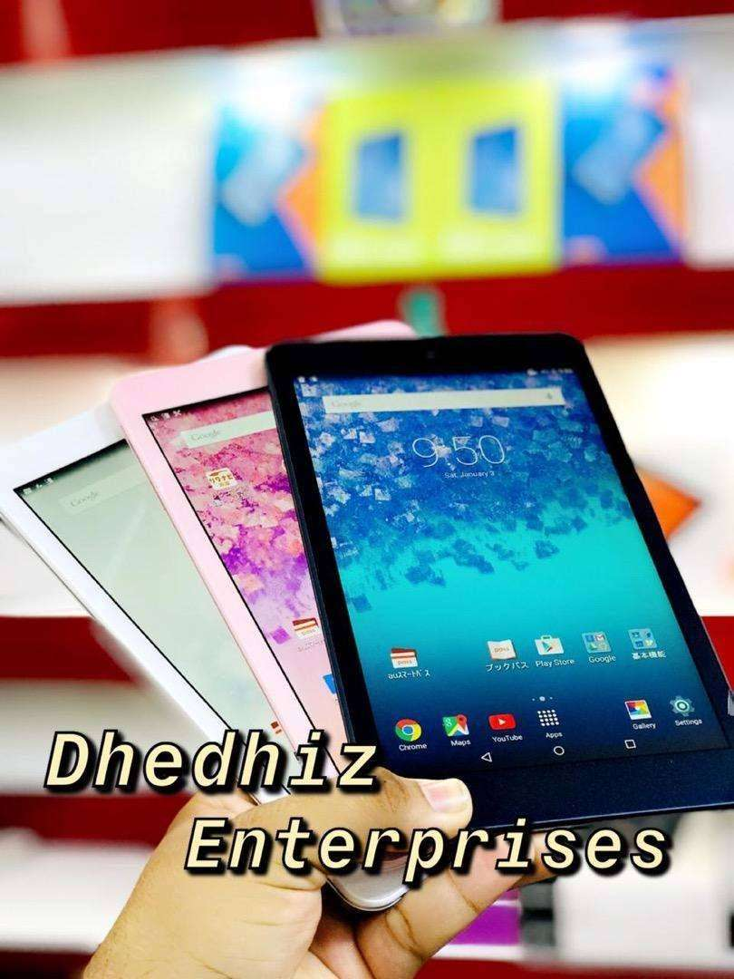 Kyocera Qua Tab Model KYT31 2GB 16GB 8 inch screen 0