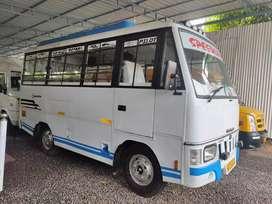 Mahindra tourister 11 seat