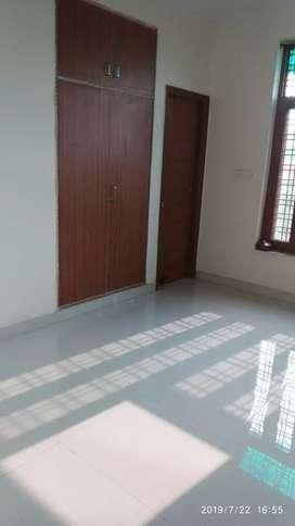 3bhk  flat  in C2 Palam vihar gurgaon