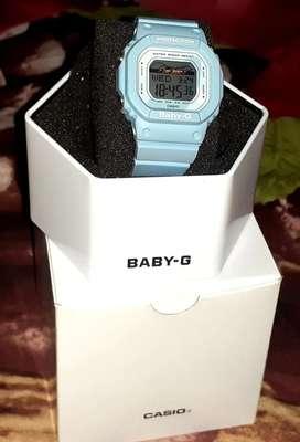 Casio baby-g BLX 560 2ADR (ori)