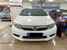 Honda civic 1.8 at 2013 putih