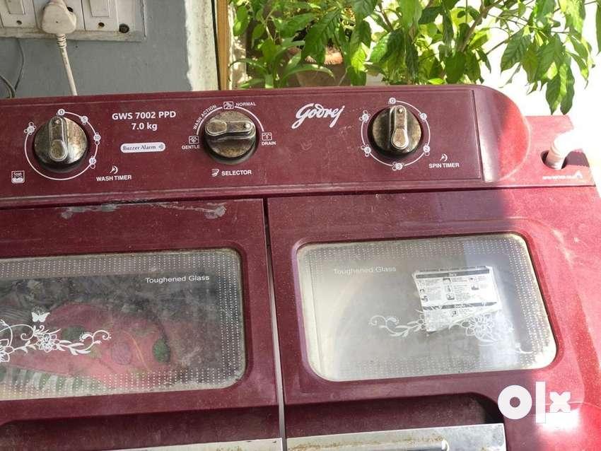 Godrej washing machine (7.0 kg) 0