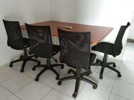 1 set Meja kerja + bangku.