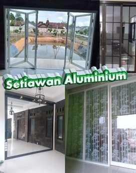 Etalase Lemari pasang kusen Aluminium murah jember