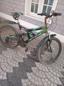 Hero sprint , 3 years, 21 gear, good condition, disc brake, negotiable