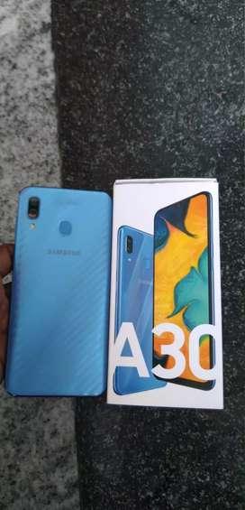 Samsung a 30..4gb 64