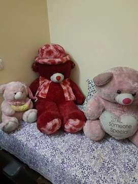 Three teady bears