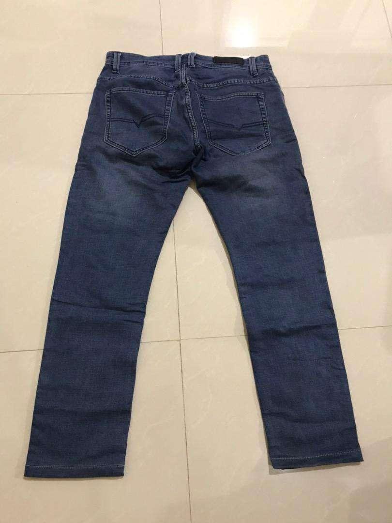 Celana Panjang Jeans Pria 0