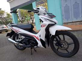 Honda Revo X 2019 KM 8 RB Superb Istimewa Cash and kredit