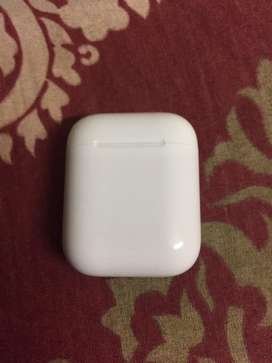 Airpods 1st Generation in Excellent Conditon