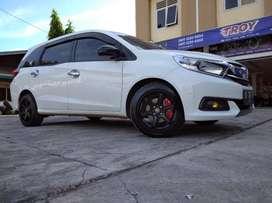 Mobilio Use Minas R16 Plus Ban Accelera 651 Sport 195-50-16