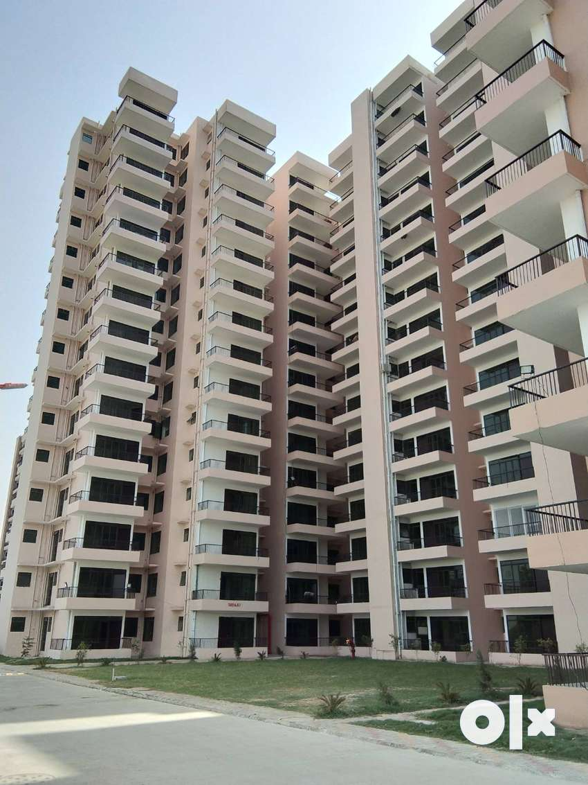 1BHK READY TO MOVE IN   APARTMENTS IN JUST 1275000 0