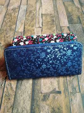 Clutch / pouch in beautiful designs and colors. Price negotiable.