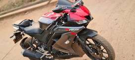 Yamaha R15 V3 one hand used