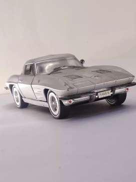 Kinsmart Corvette stingray 1963