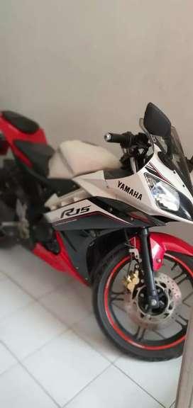 Yamaha R15 V2 2016 Cash / Credit