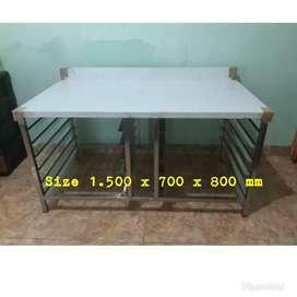 Meja bakery Stainless 150 x 70 x 80 cm / ada tempat loyang 12 shap