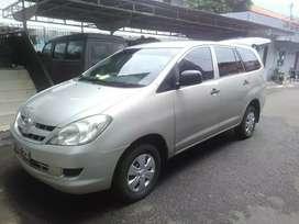 Toyota Kijang Innova 2.0 E