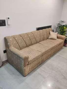 4 + 1 + 1 Sofa Set for immediate sale