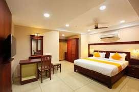 3 bhk fully furnished ac purvankara flat at marine drive