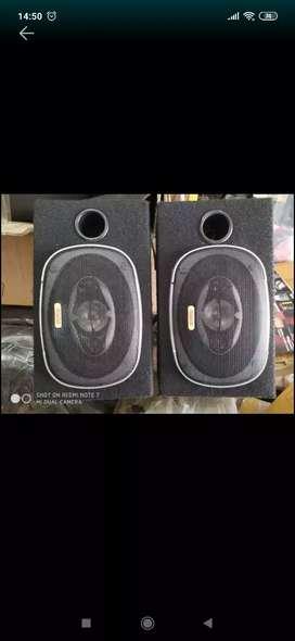 Speaker ival boston + box ( megah top )