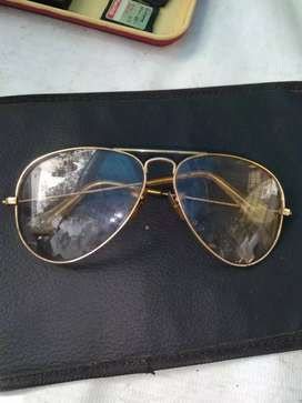 Looking to buy old used Ray Ban sunglasses