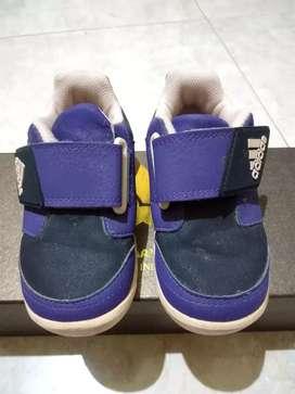 Sepatu adidas anak original asli preloved bekas pakai kondisi vgc