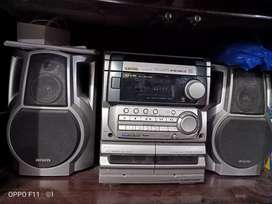 CD player and speaker