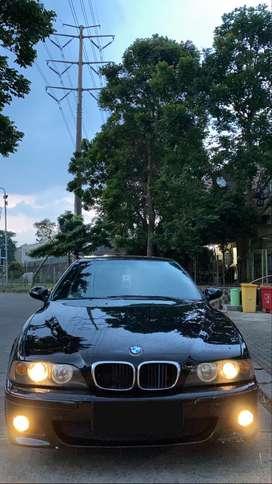 BMW e39 528i 2000
