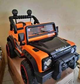 [COD] Mobil Mainan Aki Jeep Volta Rocky Yang Bisa Dinaiki