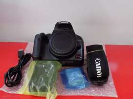 Canon x2 / 450d used new condition body price Rs. 20500