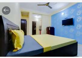 FULLY FURNISHED GUEST HOUSE WITH ATTACH BATHROOM,KITCHEN
