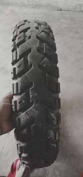 आरटीआर मोटरसाइकिल का  न्यू टायर