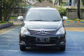 Toyota Innova G Diesel Automatic 2010