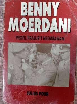 Buku Benny Moerdani