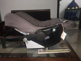 Chicoo baby car seat