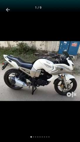 Good condition nd good millage showroom look (friend bike )