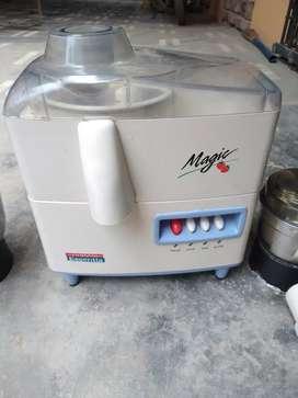 Juicer mixer grinder 3 in 1