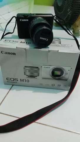 Canon m10 kondisi full set masih bawak an sama tas2 nya